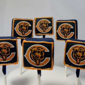 chicago_bears_cake_pops